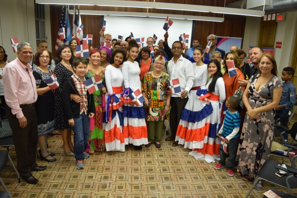Xiomarita Peěrez junto a participantes del taller en Puerto Rico.JPG
