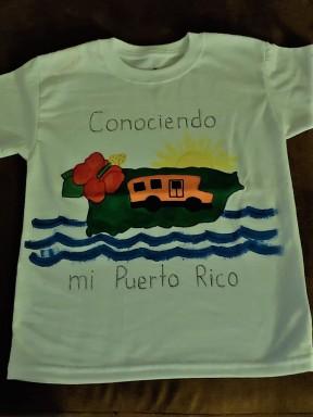 Camiseta terminada por alumno de primer grado.